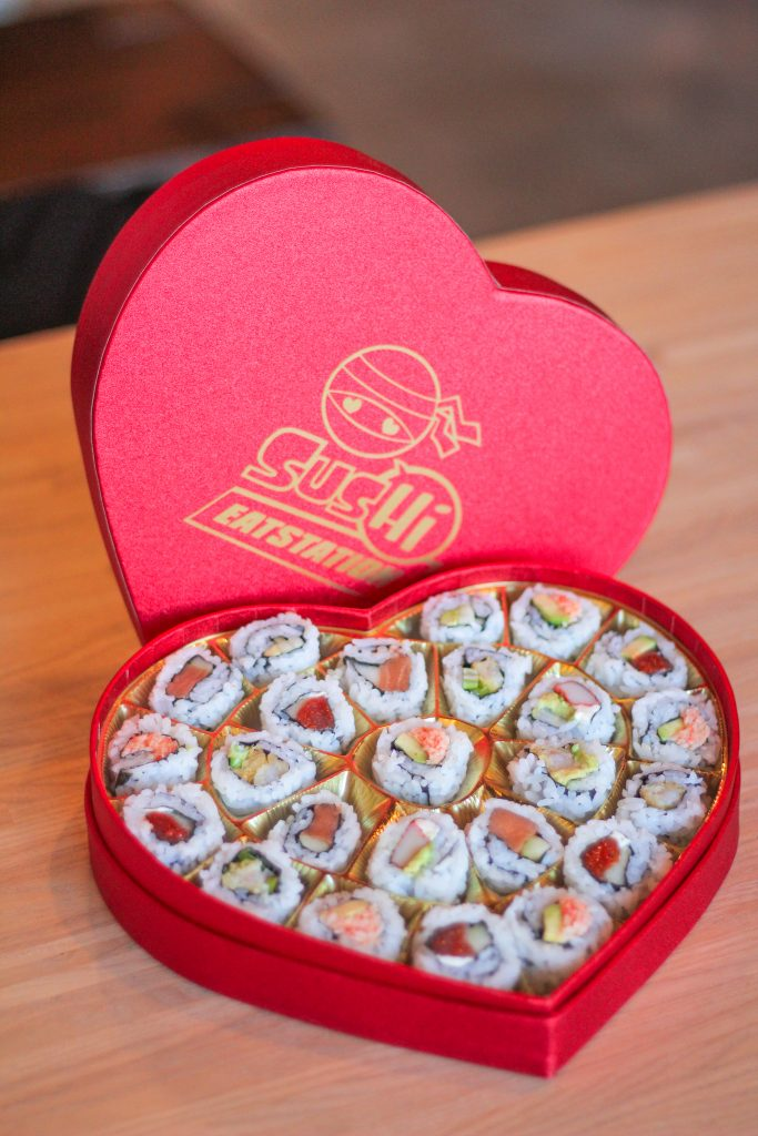 Get A Box Of Sus Hi Eatstation Sushi For Valentine S Day Sus Hi Eatstation